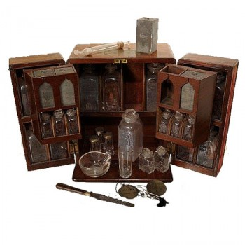 Medicine chest -A.M. Young collection - van Leest Antiques  (6)