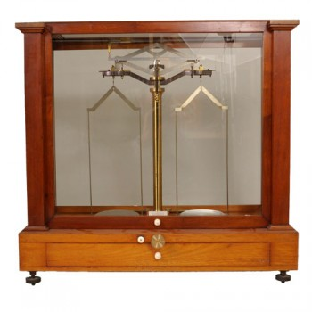 201Becker Analytical balance - van Leest Antiques (4)