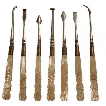 52Dental scalers with mother of pearl handles
