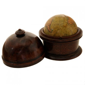 73Newton  Son & Berry pocket globe 1830 - van Leest Antiques  (1)
