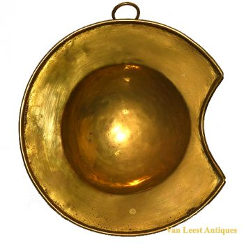 Brass bleeding bowl - van Leest Antiques (1)