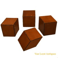 Geometrical Crystal  models - van Leest Antiques (4)