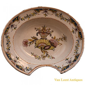 Barber Surgeon bowl- van Leest Antiques  (1)