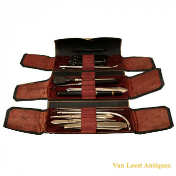 Favre medical travelling set - van Leest Antiques (1)