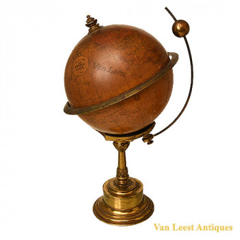 Globe with clock in brass base, J. H. Overton - van Leest Antiques (2)
